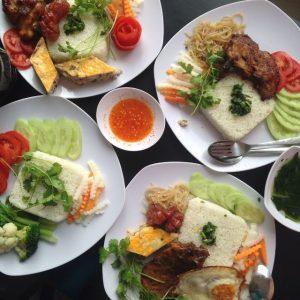 Chuẩn vị cơm tấm Sài Gòn với Phúc Ký