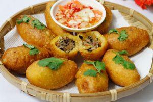 Nhà Chung một trong những quán bánh rán mặn ngon nhất nhì Hà Nội