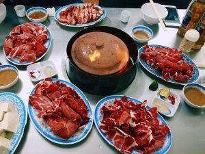 Lẩu đuôi bò Hạnh Nổ - top 10 địa điểm ăn lẩu đuôi bò ngon tại Hà Nội