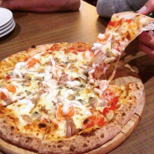 Capricciosa không chỉ có bánh pizza ngon mà không gian cũng rất đẹp