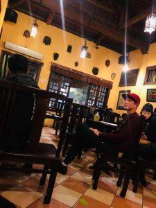 Quán cà phê và quán ăn phục vụ đến 2 giờ sáng thích hợp với nhiều người