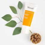 Sữa rửa mặt cho da dầu Murad Essential-C Cleanser có giá thành tương đối cao.