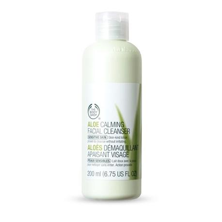 Aloe Calming giúp dịu mát và cấp ẩm cho da
