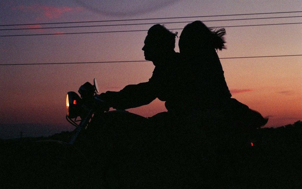 mối quan hệ trên tình bạn dưới tình yêu 6