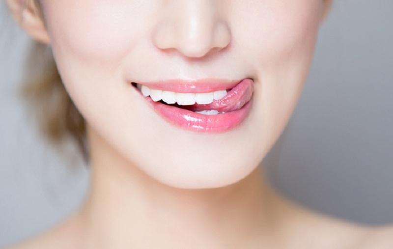 cách trị thâm môi 3