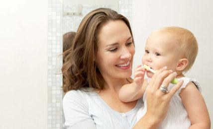 kem đánh răng thảo dược