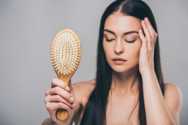 Rụng tóc sau sinh 2