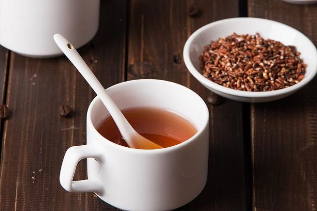 trà gạo lứt, trà thanh lọc cơ thể